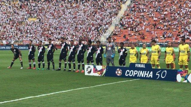 Em jogo emocionante, Vasco perde para o São Paulo nos pênaltis e é vice da Copinha