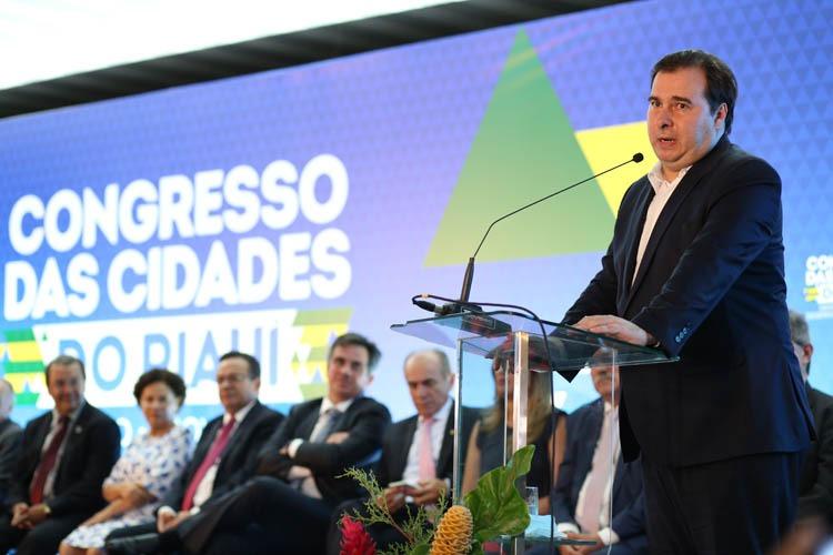 Na abertura do Congresso das Cidades Rodrigo Maia pede apoio  para aprovação da reforma da Previdência