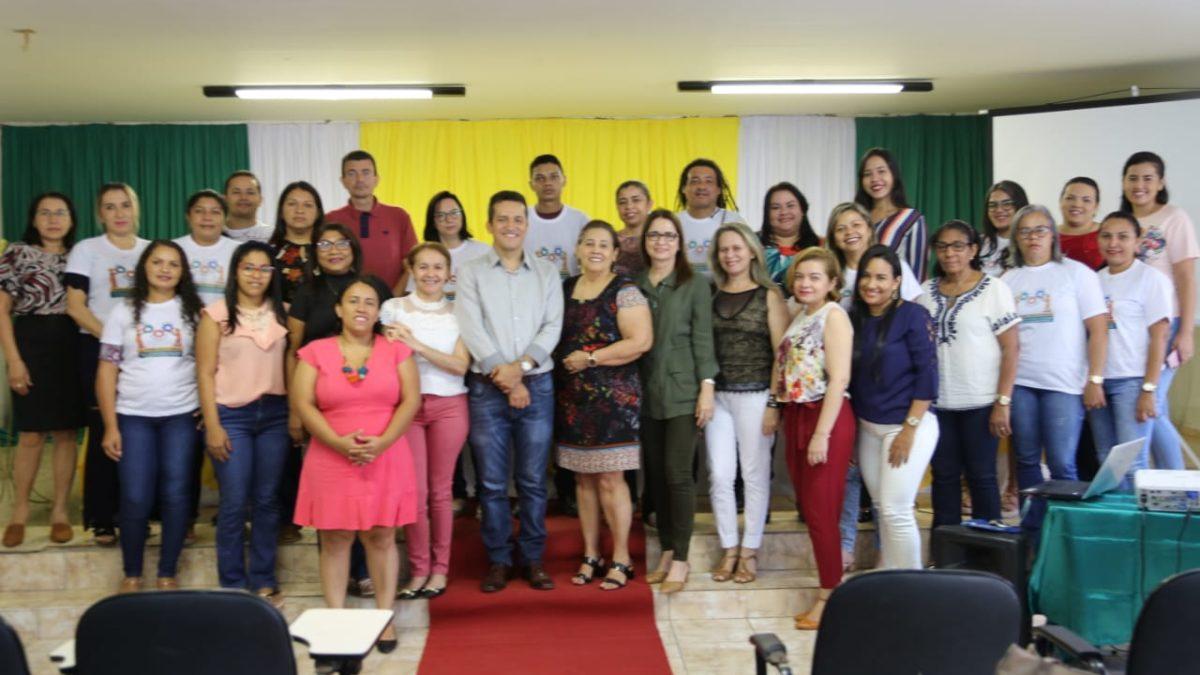 Altos: equipe da Secretaria de Desenvolvimento Social e Cidadania participa de capacitação do CadÚnico