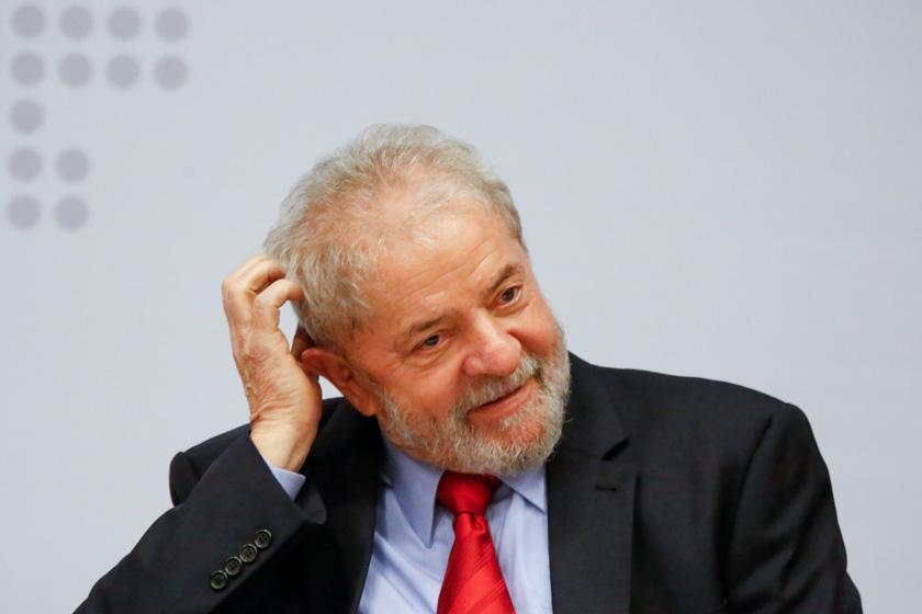 TRF4 nega pedido de Lula para incluir mensagens em processo do sítio