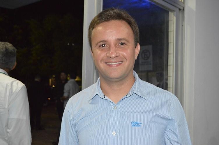 Junior Bill investe no futebol feminino em São Pedro do Piaui