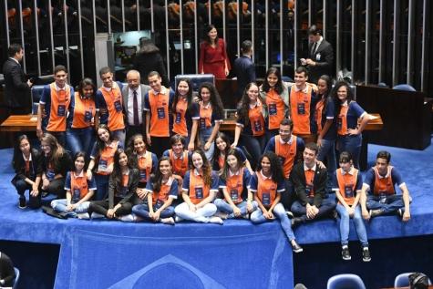 Aluna de Belém do Piauí irá representar o Estado no Programa Jovem Senador