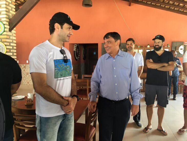 Ministro do Turismo conhece litoral do Piauí e libera R$ 8 milhões para Serra da Capivara