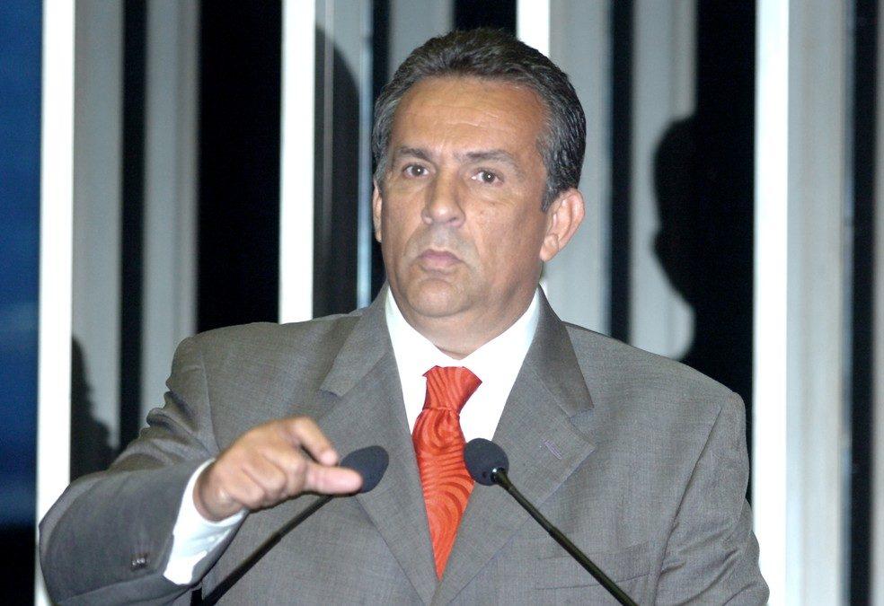 PF prende ex-senador em investigação de caixa 2 de governador do Pará