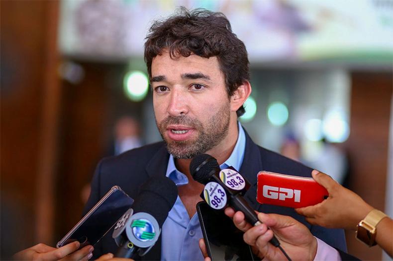 Deputado Marden quer proibir cobrança em religação pela Equatorial Piauí