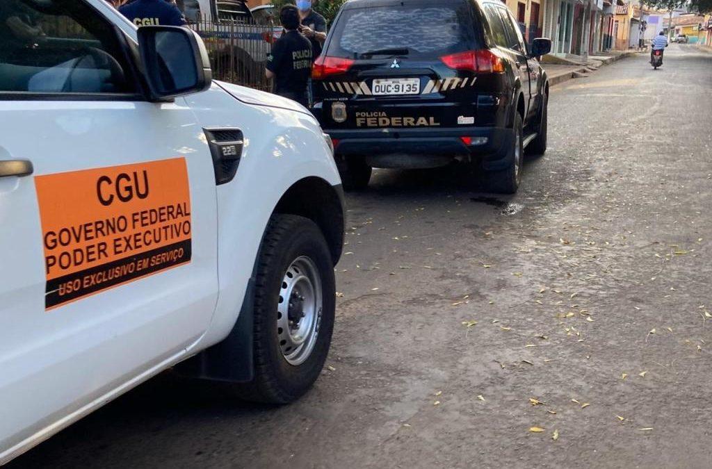 Polícia Federal cumpre mandados e prende cinco pessoas na cidade de União