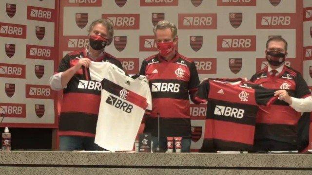 Flamengo apresenta novo patrocinador master, que fala em 'parceria histórica' no futebol brasileiro