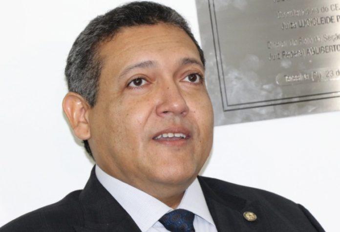 Bolsonaro escolhe Kassio Nunes, do TRF-1, para vaga de Celso de Mello, diz colunista