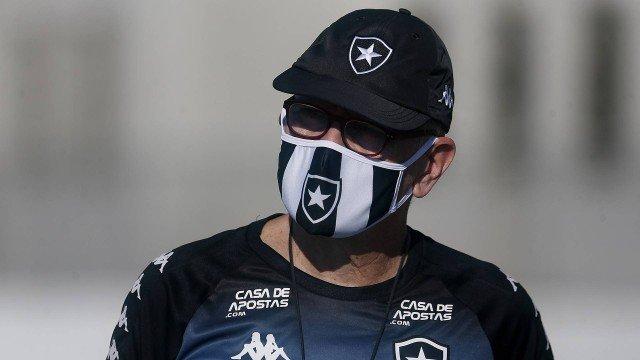 Botafogo demite Autuori, efetiva Bruno Lazaroni e traz ex-jogador como gerente de futebol