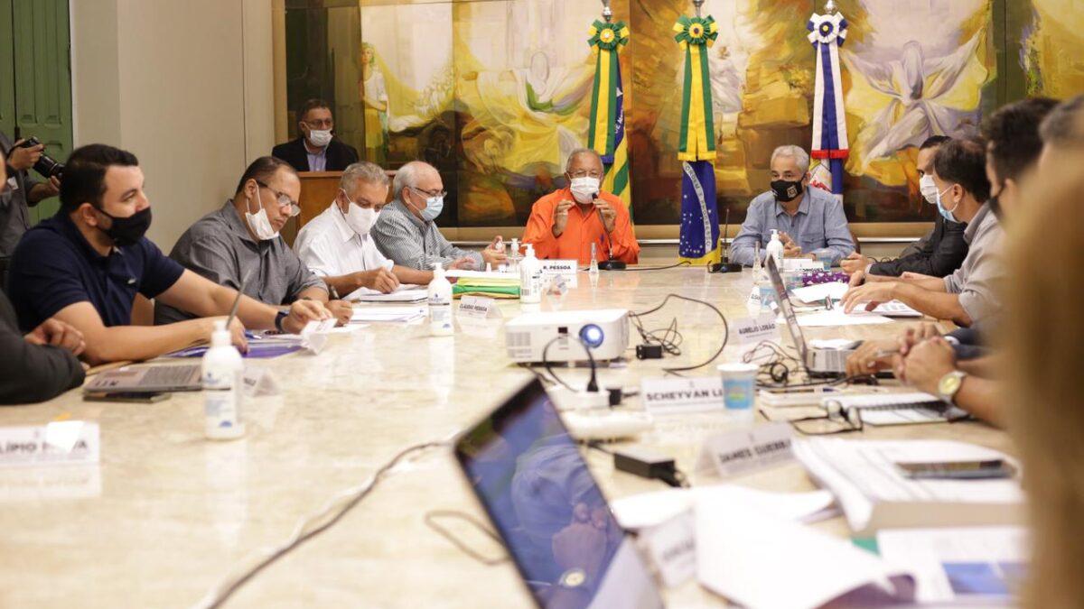 Prefeito Doutor Pessoa reúne o secretariado para alinhar ações