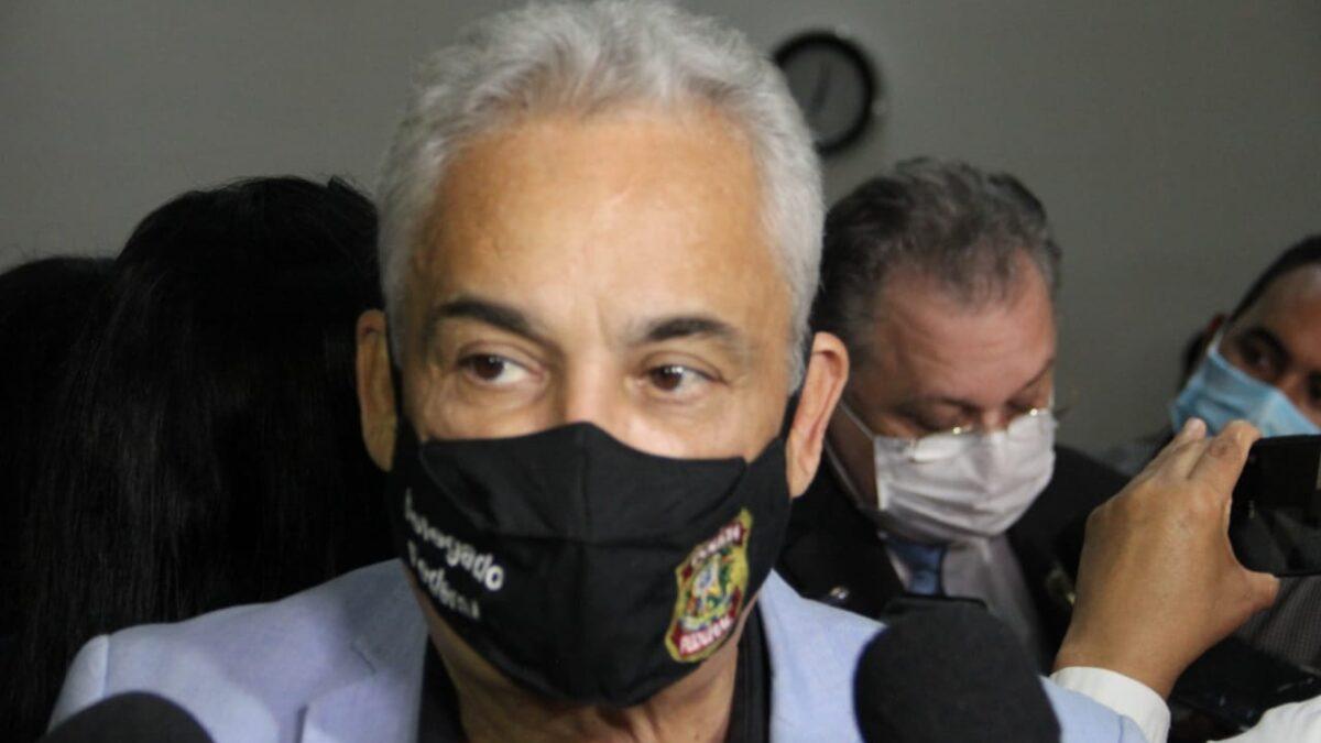 Robert Rios é acusado de humilhar estagiária da Semec