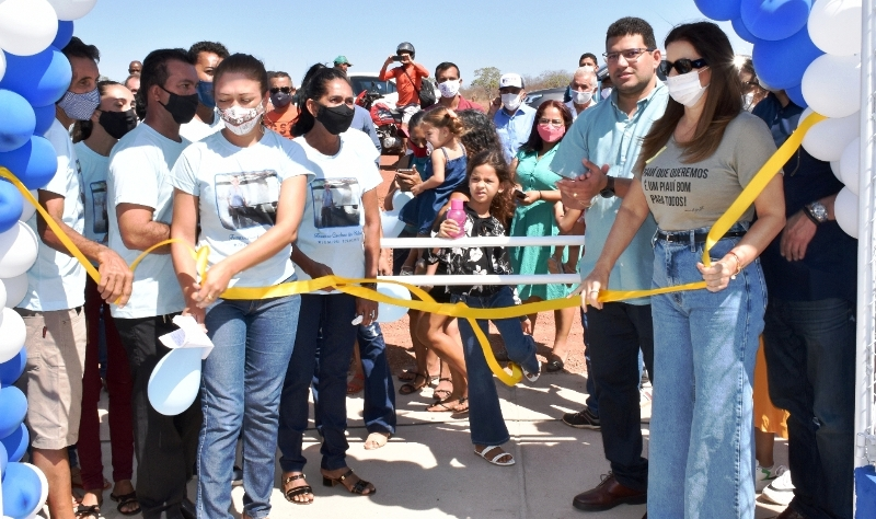 Prefeito Thales Coelho e Iracema Portela inauguram Espaço Multi Eventos em Paquetá